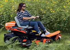 The Ariens Zoom in action