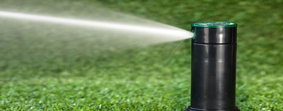 Orbit 4 Inch Voyager Gear Drive Lawn Sprinkler spray
