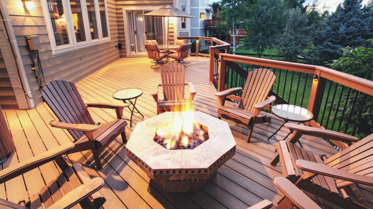 4 Best Fire Pits For A Deck